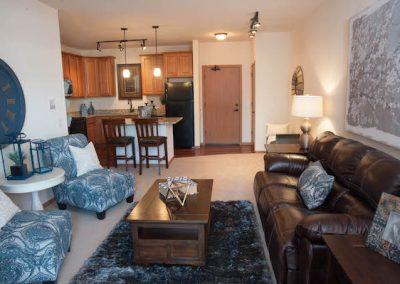 TA2684 Int 1BD Model Living Room and Kitchen 300dpi (7)
